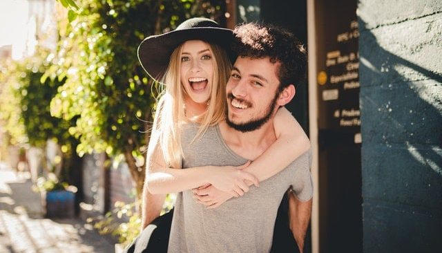 How To Tell a Guy You Like Him: 7 Ways (Most Effective)